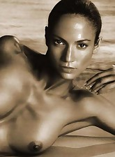 Posing nude is not the limit - see how Jennifer Lopez having sex on camera!